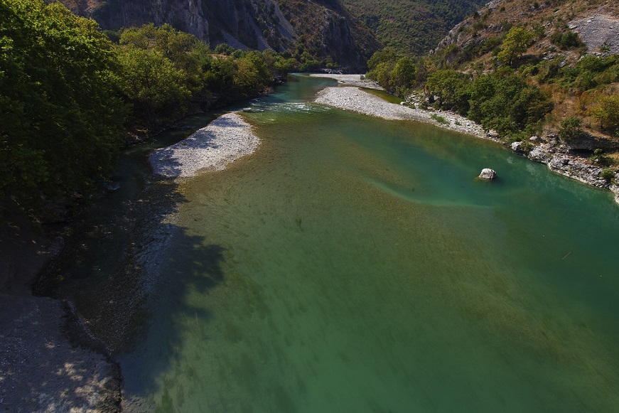 In the upper river section, pristine gorges, crystal clear, cold water and gravel-rich river beds provide invaluable spawning sites for fish. Photo: Goran Šafarek