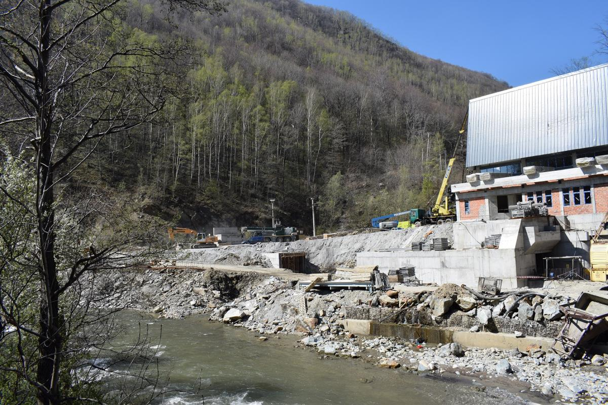 Hydropower construction site in midst of the Defileul Jiului National Park © Calin Dejeu