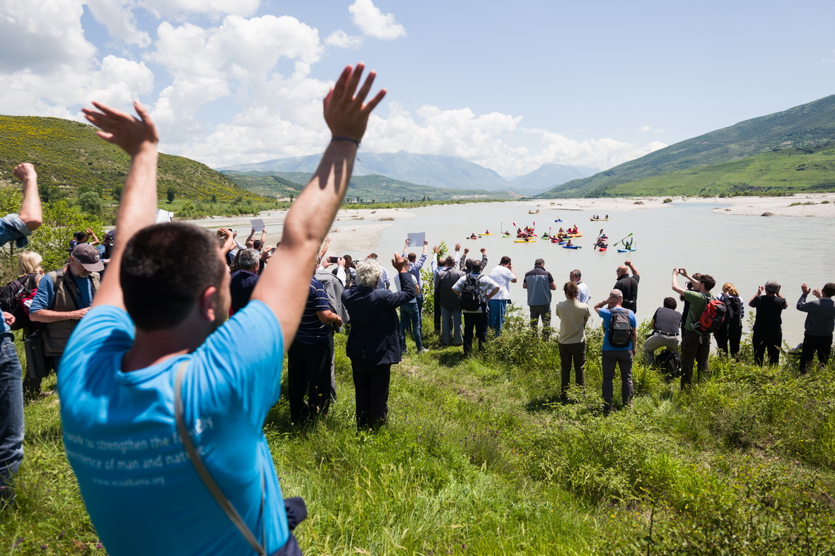 Vjosa, Albania: Paddlers were welcomed by numerous people, among them residents, politicians, musicians, and representatives of nature conservation organisations.  © Jan Pirnat