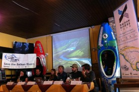 DAY 1 - The Balkan Rivers Tour started with a press conference at Lake Bohinj. From left to right: Theresa Schiller (EuroNatur), Martin Šolar (WWF Adria), Neža Posnjak (Save the Blue Heart of Europe SLO), Ulrich Eichelmann (Riverwatch), Rok Rozman (Leeway Collective), Klemen Langus (Turizma Bohinj)