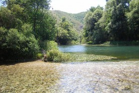 The Krka River - another tributary to the Una - is only about 5 km long. It is utterly unspoiled with crystal clear water. Along its entire course it runs through the Una National Park.