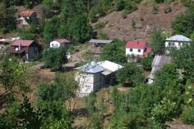 Teile des Dorfs Tresonče sollen im geplanten Boskov Most Stausee ertrinken.